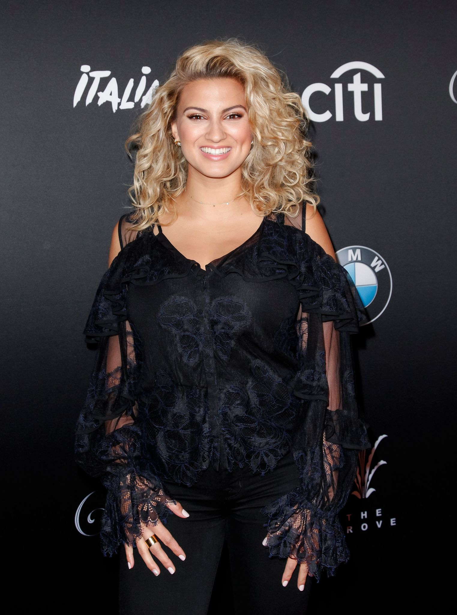 Tori Kelly at The Grove: A Festive Tree Lighting celebration in 2019 in Los Angeles, California | Source: Getty Images