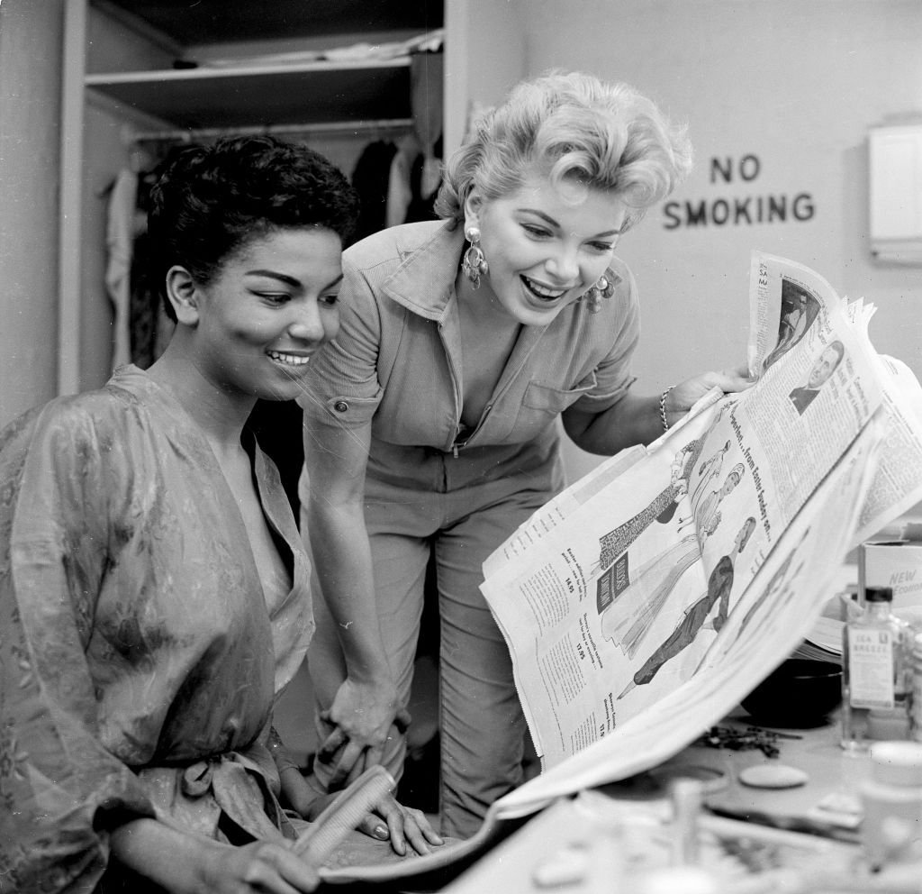 Barbara Nichols poses with Loray White for a portrait in Los Angeles   Photo: Getty Images