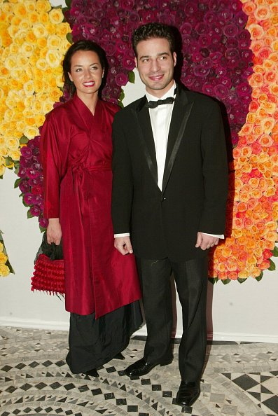 "Mario Barravecchia, participant à l'émission de télévision ""Star Academy"", assiste à la soirée de charité ""Rose Ball"" 2002. 