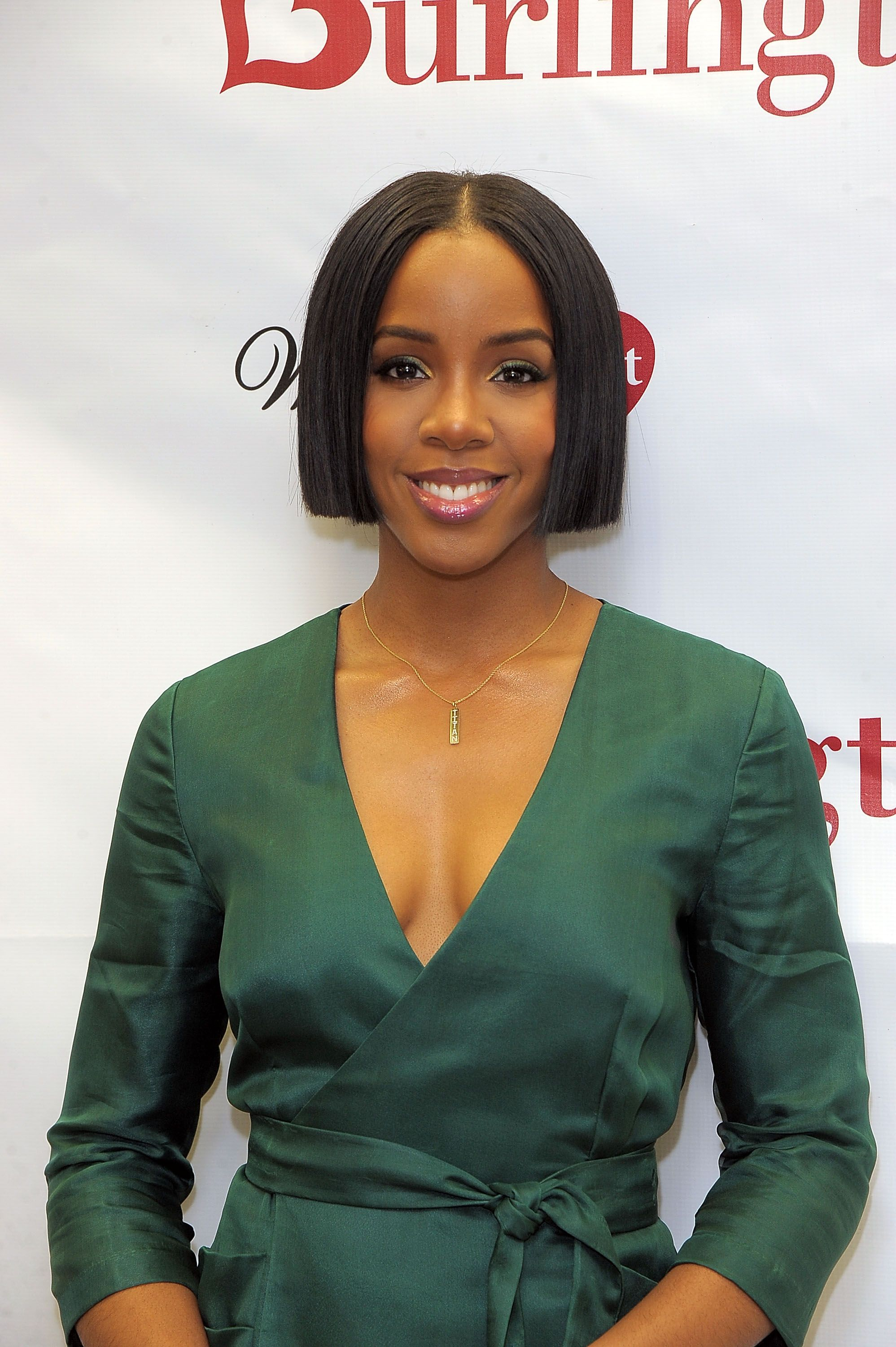 Kelly Rowland and WomenHeart team up with Burlington to #KnockOutHeartDisease at Burlington Union Square on January 31, 2017. | Photo: Getty Images