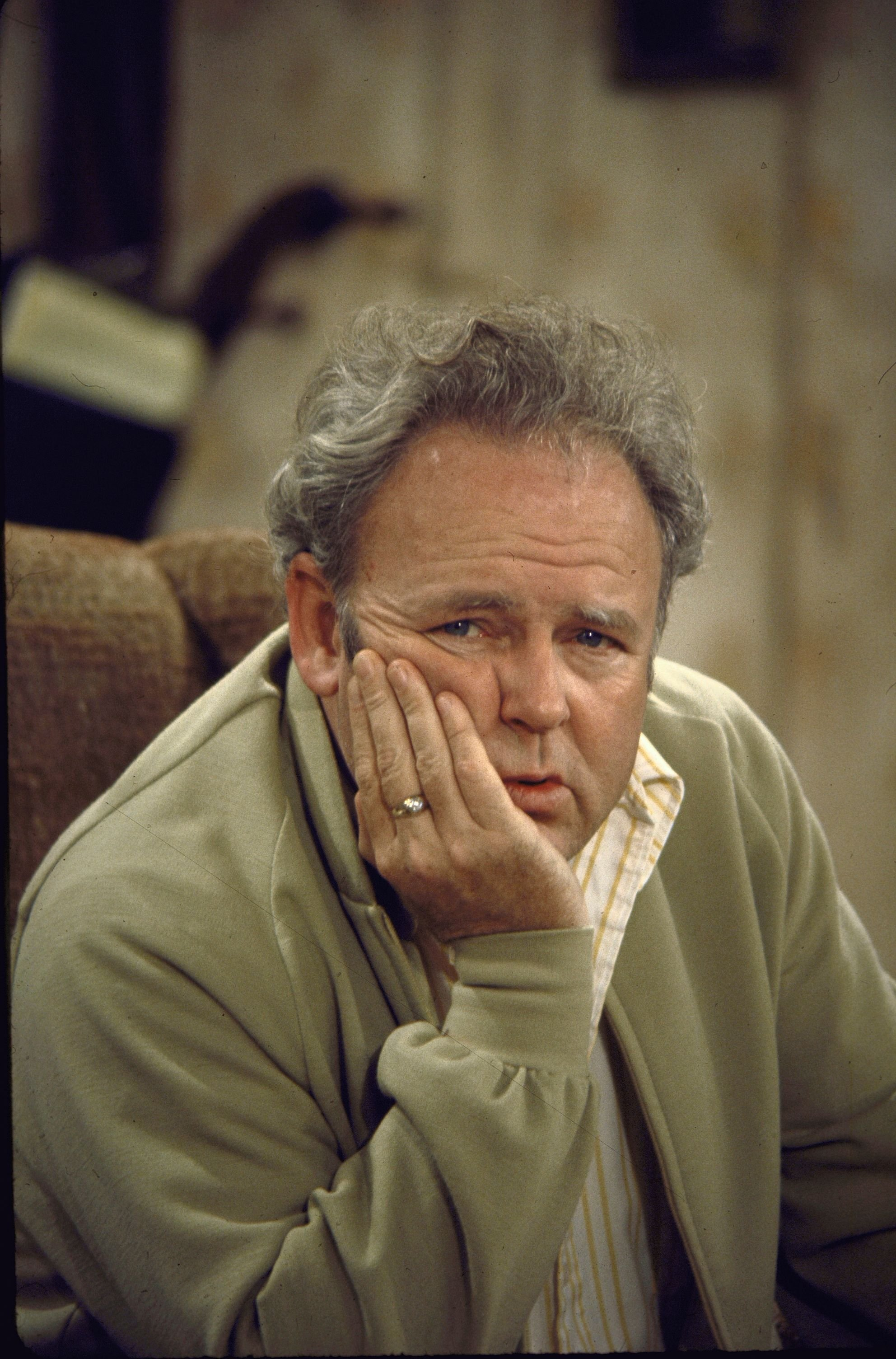 Carroll O'Connor posing as Archie Bunker in TV series All in the Family on September 24, 1971   Photo: Getty Images