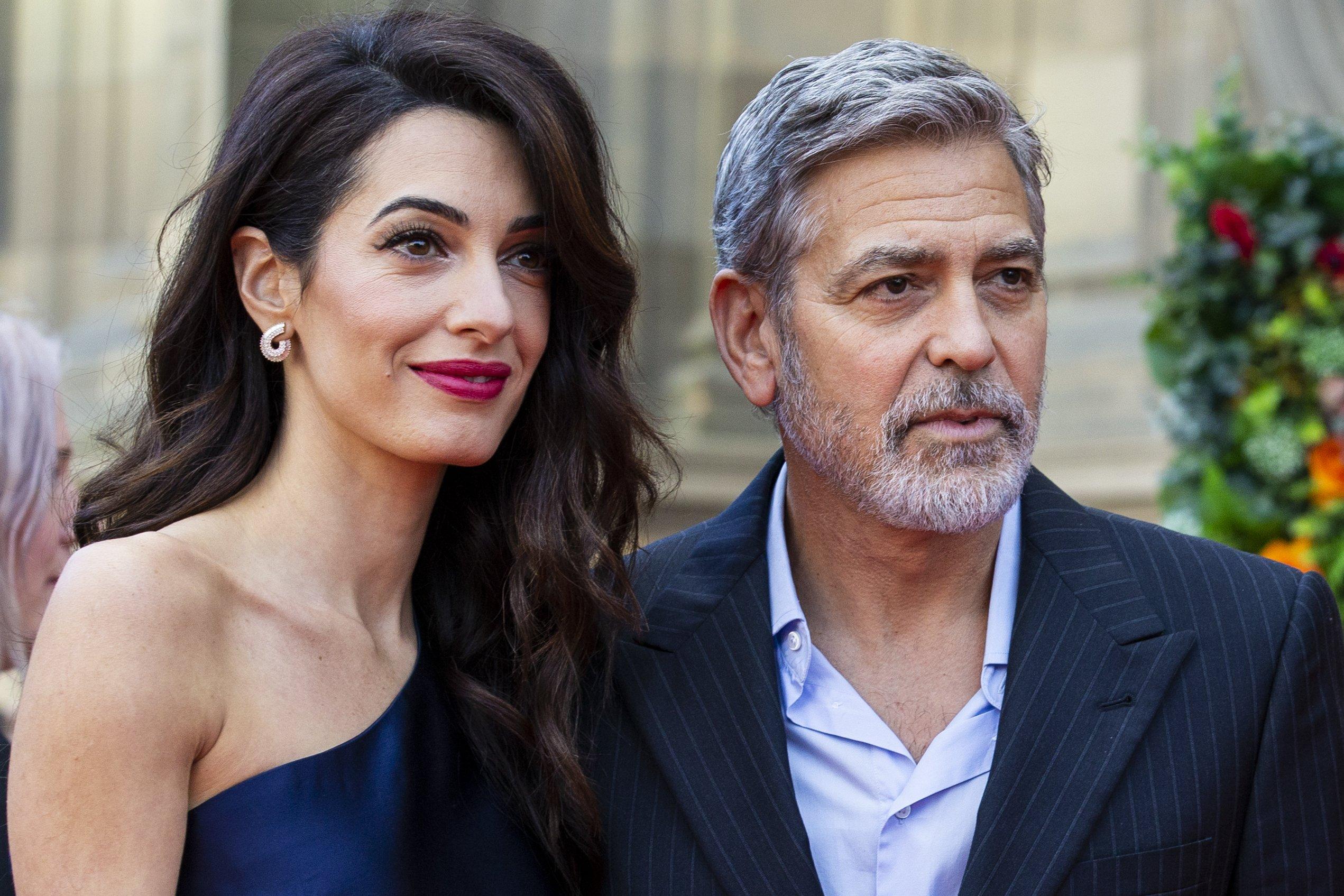 George y Amal Clooney asisten a la gala benéfica de People's Postcode Lottery en el salón McEwan el 15 de marzo de 2019, en Edinburgo, Escocia || Fuente: Getty Images