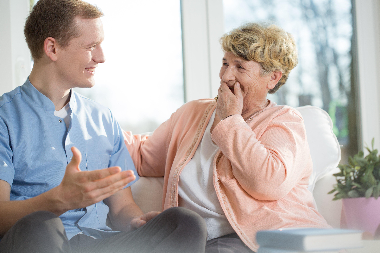 Elle ne pouvait tout simplement pas contenir son rire. Photo : Shutterstock