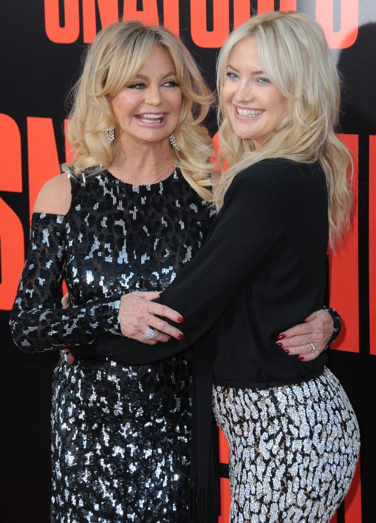 Goldie Hawn and daughter Kate Hudson at the premiere of 20th Century Fox's' 'Snatched' at Regency Village Theatre in Westwood, California | Photo: Barry King/Getty Images