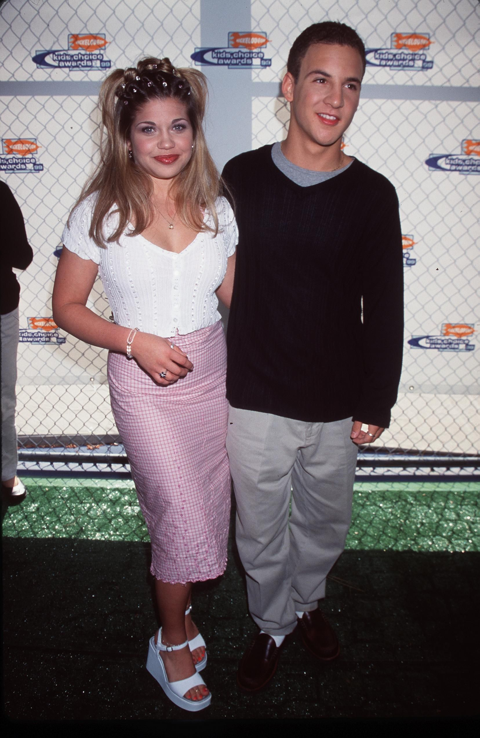 """""""Boy Meets World"""" cast members Ben Savage and Danielle Fishel attend Nickelodeon's 12th Annual Kids'' Choice Awards May 1, 1999 in Westwood, CA. 