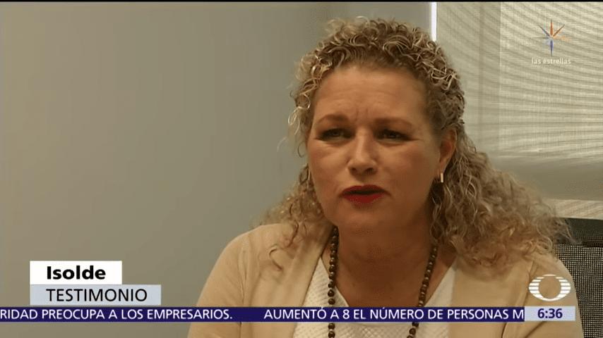 Isolde ofrece entrevista. │Imagen tomada de: YouTube/NoticieroTelevisa