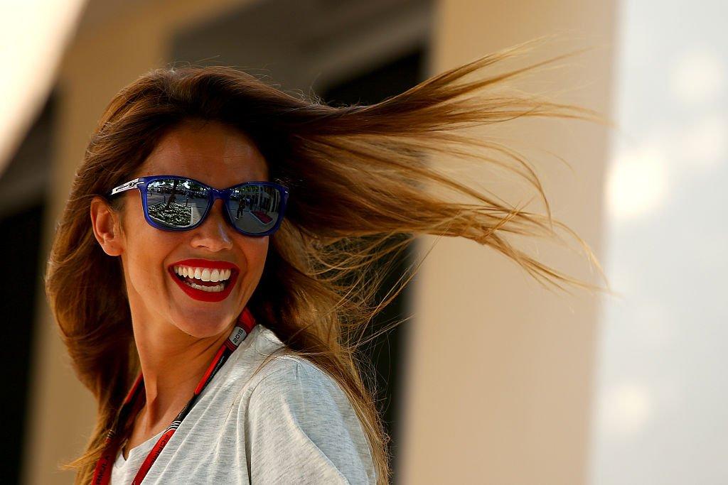 Lara Álvarez sonriendo.  Fuente: Getty Images