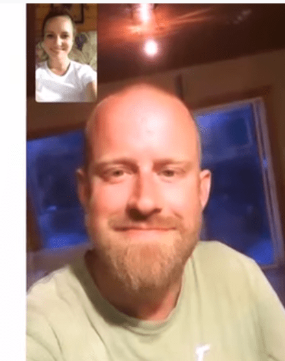 A screenshot from the viral video of Ashley Fredette meeting her older brother Reid Gilfillan for the first time   Photo: Youtube/CBC NewsTheNational