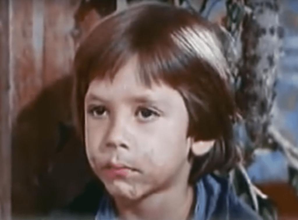 Debut de Javier Bardem en la serie española El Pícaro, de 1974.   Imagen: YouTube/ManuTVX