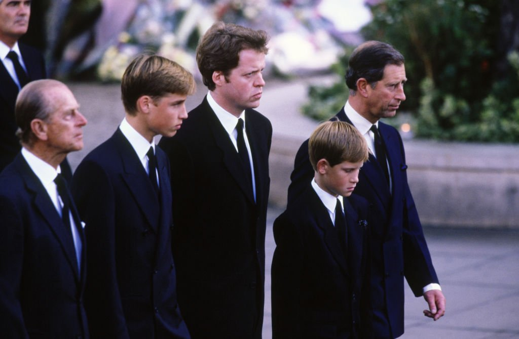 Prince Philip, Prince William, Earl Charles Spencer, Prince Harry, and Prince Charles, walk behind the funeral cortege, at the funeral of Diana, Princess of Wales on September 6, 1997 | Photo: Getty Images.