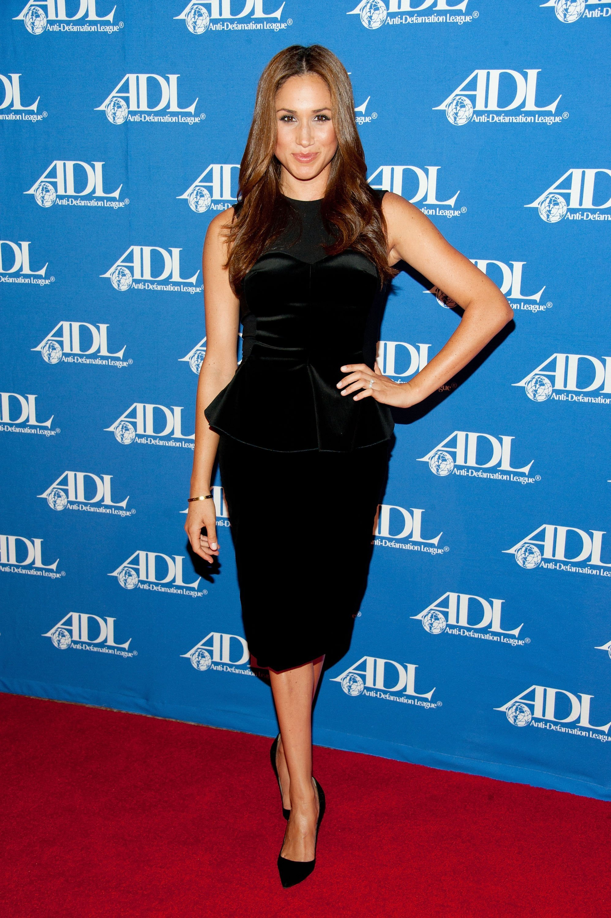 Meghan Markle arrives at the Anti-Defamation League Entertainment Industry Awards Dinner at the Beverly Hilton on October 11, 2011, in Beverly Hills, California. | Source: Getty Images.