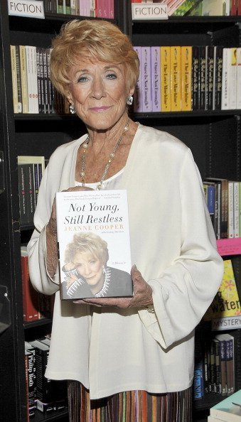 Jeanne Cooper at Book Soup on August 7, 2012 in West Hollywood, California | Photo: Getty Images