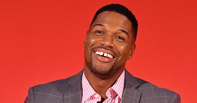 Michael Strahan's Daughter Tanita Matches Her Eye Makeup with Her Painting in a New Selfie