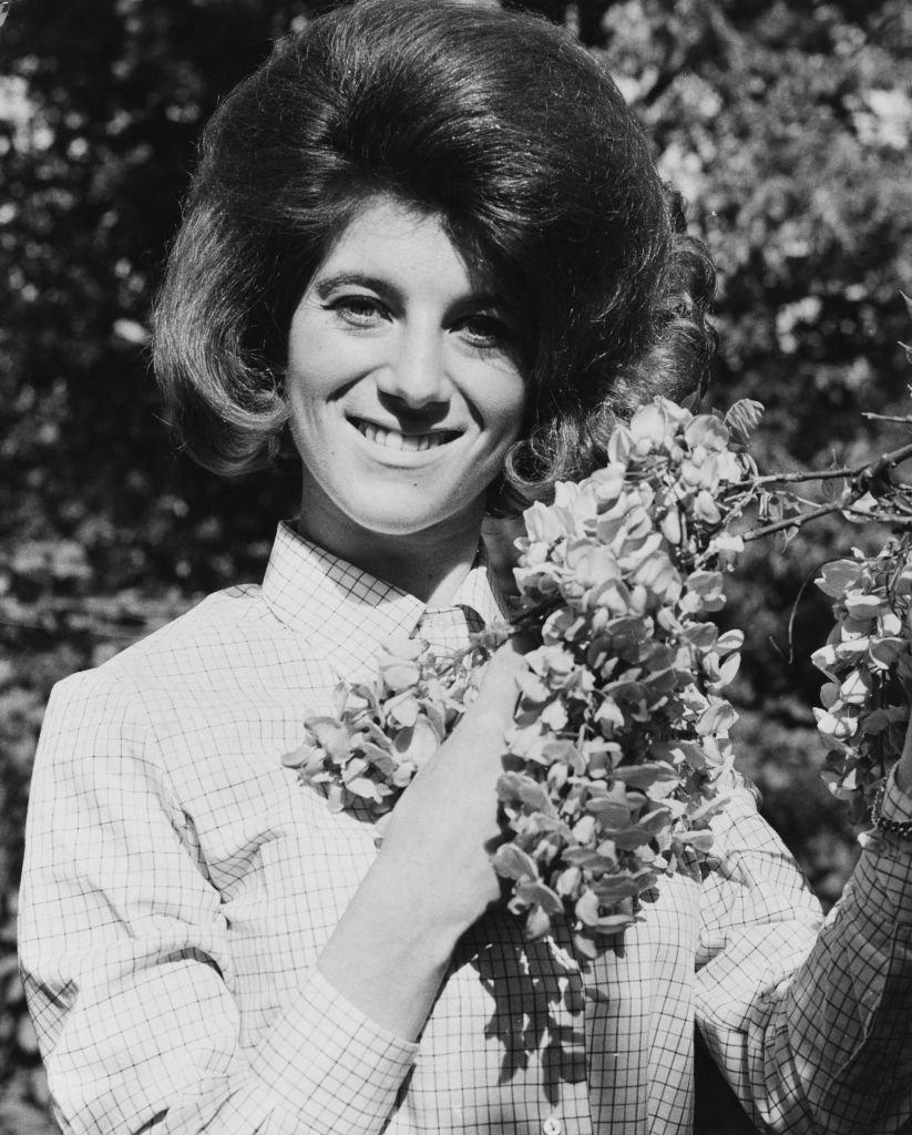 Annie Chancel plus connue sous le nom de Sheila en 1964. l Source : Getty Images