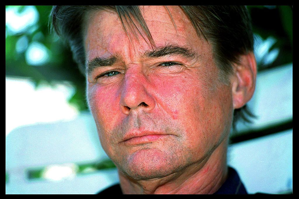 Jan-Michael Vincent at home in Santa Monica on July 06, 1999   Photo: Getty Images