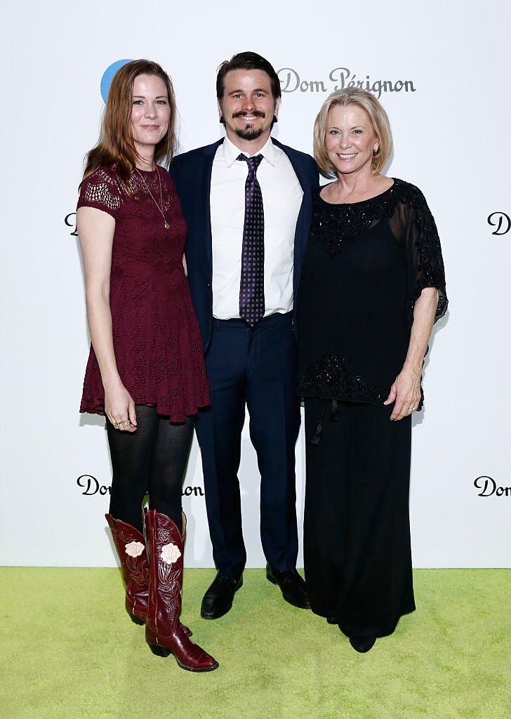 Carly Ritter, actor Jason Ritter, and Nancy Ritter arrive at the 20th Annual Los Angeles Gala Dinner | Getty Images