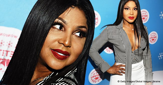 Toni Braxton comes close to wardrobe malfunction, going braless in plunging blouse