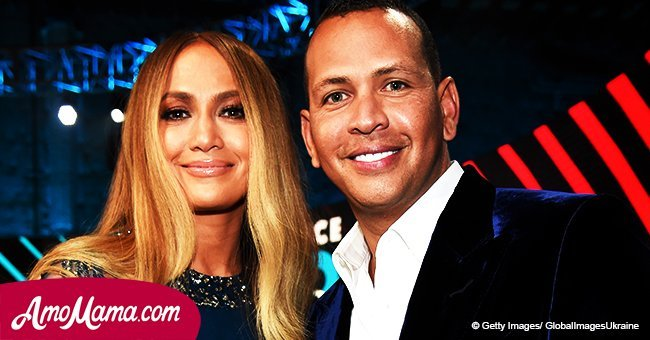 Jennifer Lopez is seen kissing Alex Rodriguez passionately after he shared a sweet note to her
