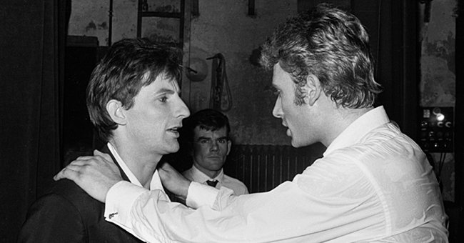Hugues Aufray et Johnny Hallyday. | Photo : Getty Images