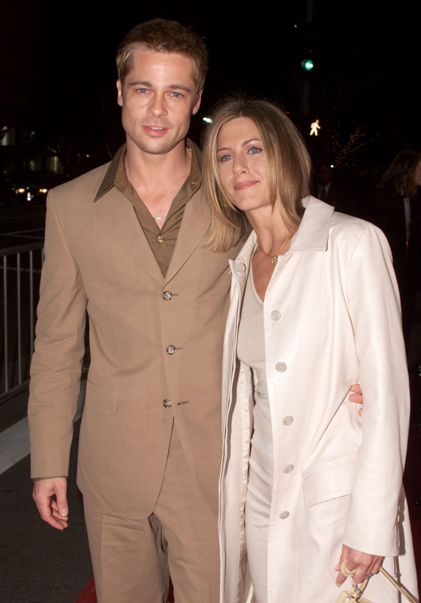 Brad Pitt and Jennifer Aniston attending the premiere of 'The Mexican.'  Source | Photo: Getty Images
