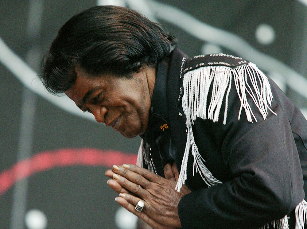 James Brown supports the show for the Red Hot Chilli Peppers at Hyde Park on June 19, 2004 in London, UK. I Image: Getty Images.