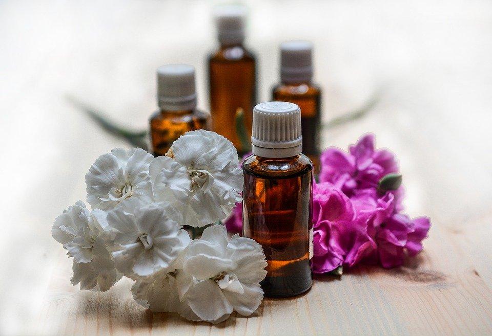 Aceites esenciales. | Imagen: Pixabay