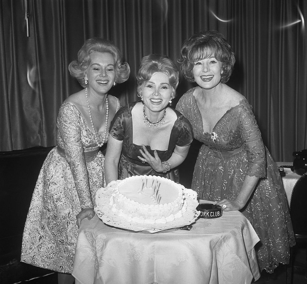 The Gabor sisters during a party at the Stork Club in New York, February 5, 1961. | Photo: Getty Images