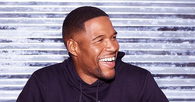 Michael Strahan's Twin Daughters Look Stunning in Matching Skirts in Front of a Christmas Tree