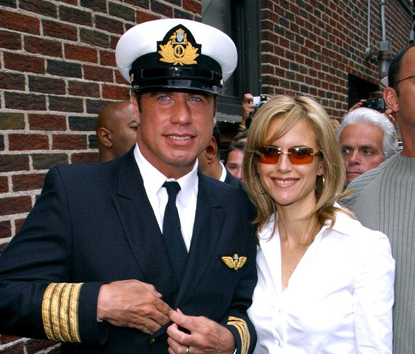 John Travolta and Kelly Preston on August 28, 2002 at Ed Sullivan Theatre in New York City, New York, United States.   Photo: Getty Images