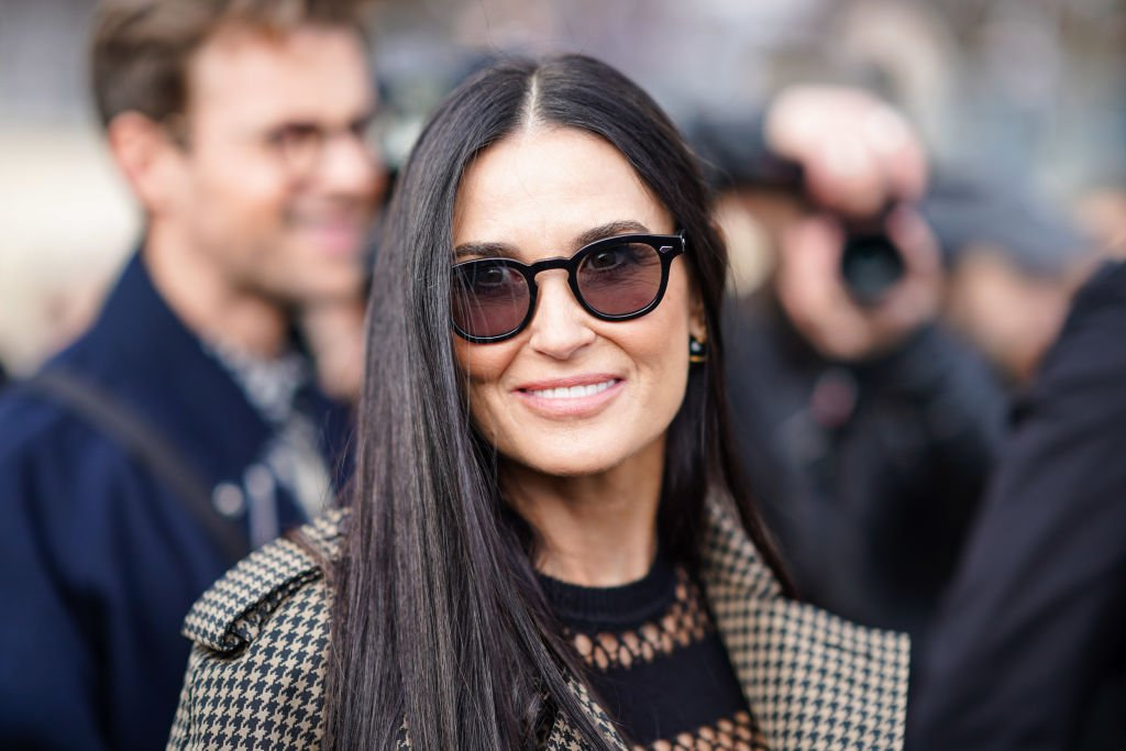 Demi Moore wears sunglasses, outside Dior, at Paris Fashion Week - Womenswear Fall/Winter 2020/2021, on February 25, 2020   Photo: Getty Images
