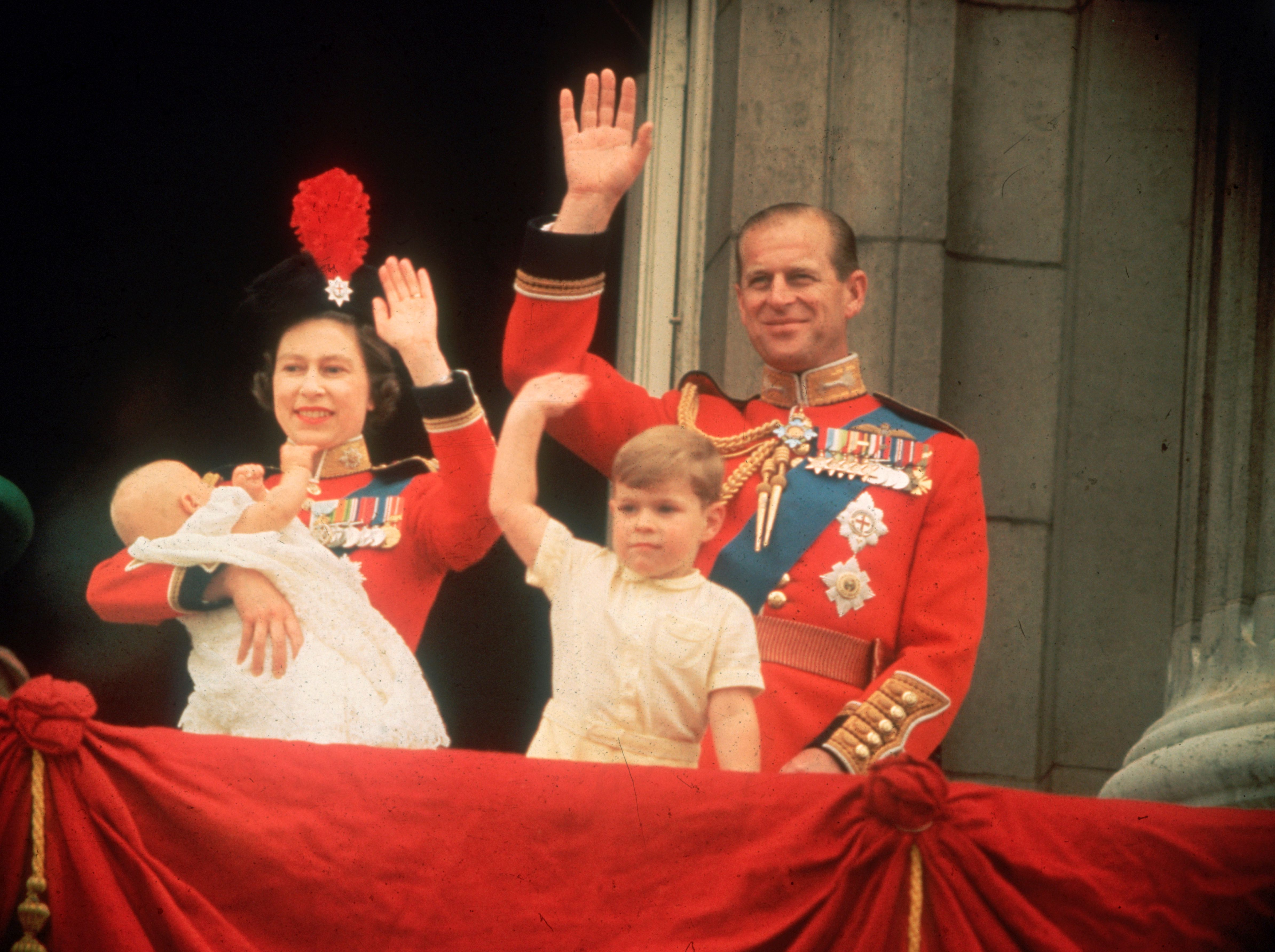 Queen Elizabeth, Prince Philip, Prince Andrew and Prince Edward smiling from the balcony at Buckingham Palace, during the Trooping of the Colour. | Photo: Getty Images