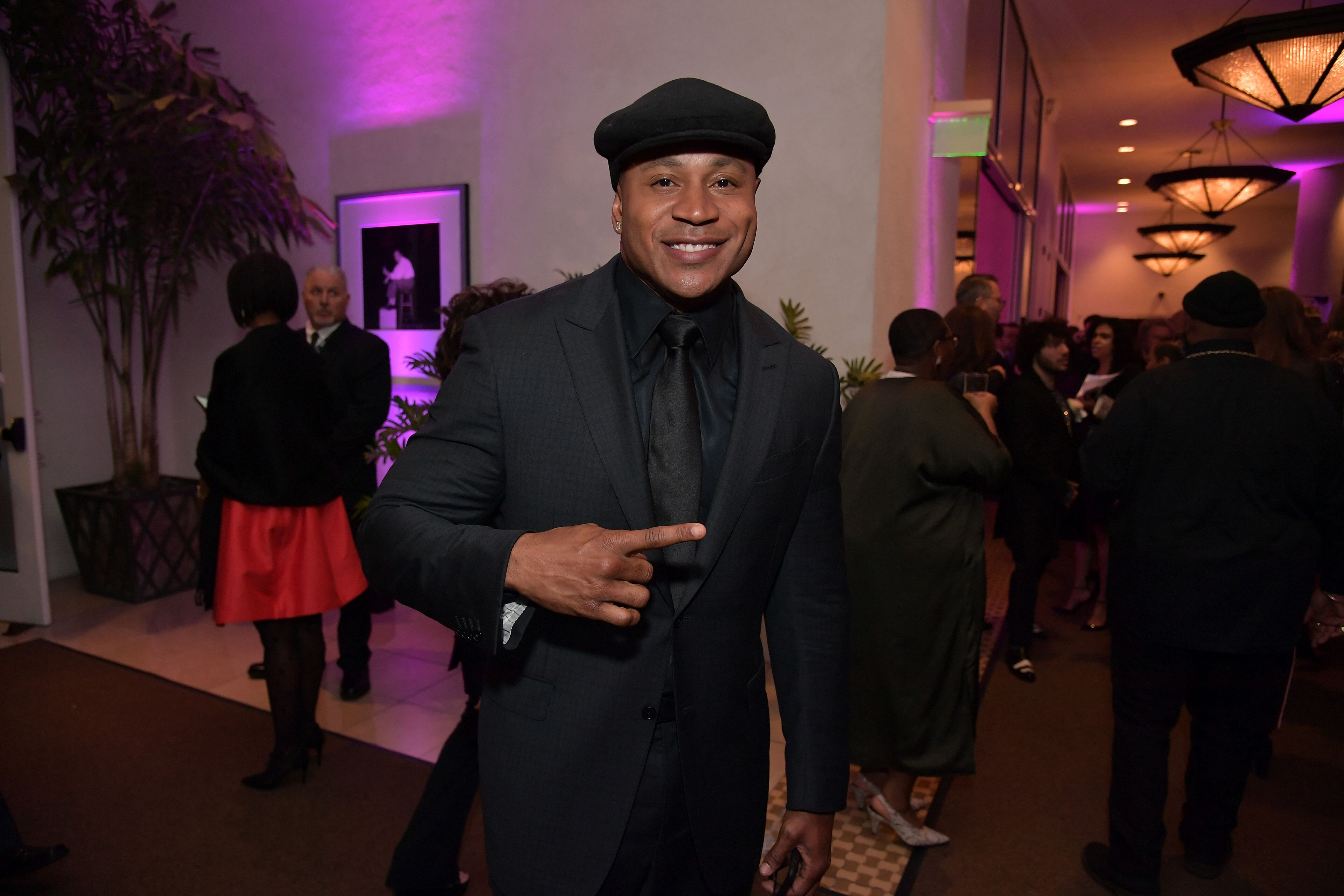 LL Cool J posing for a photo at a formal event | Source: Getty Images/GlobalImagesUkraine