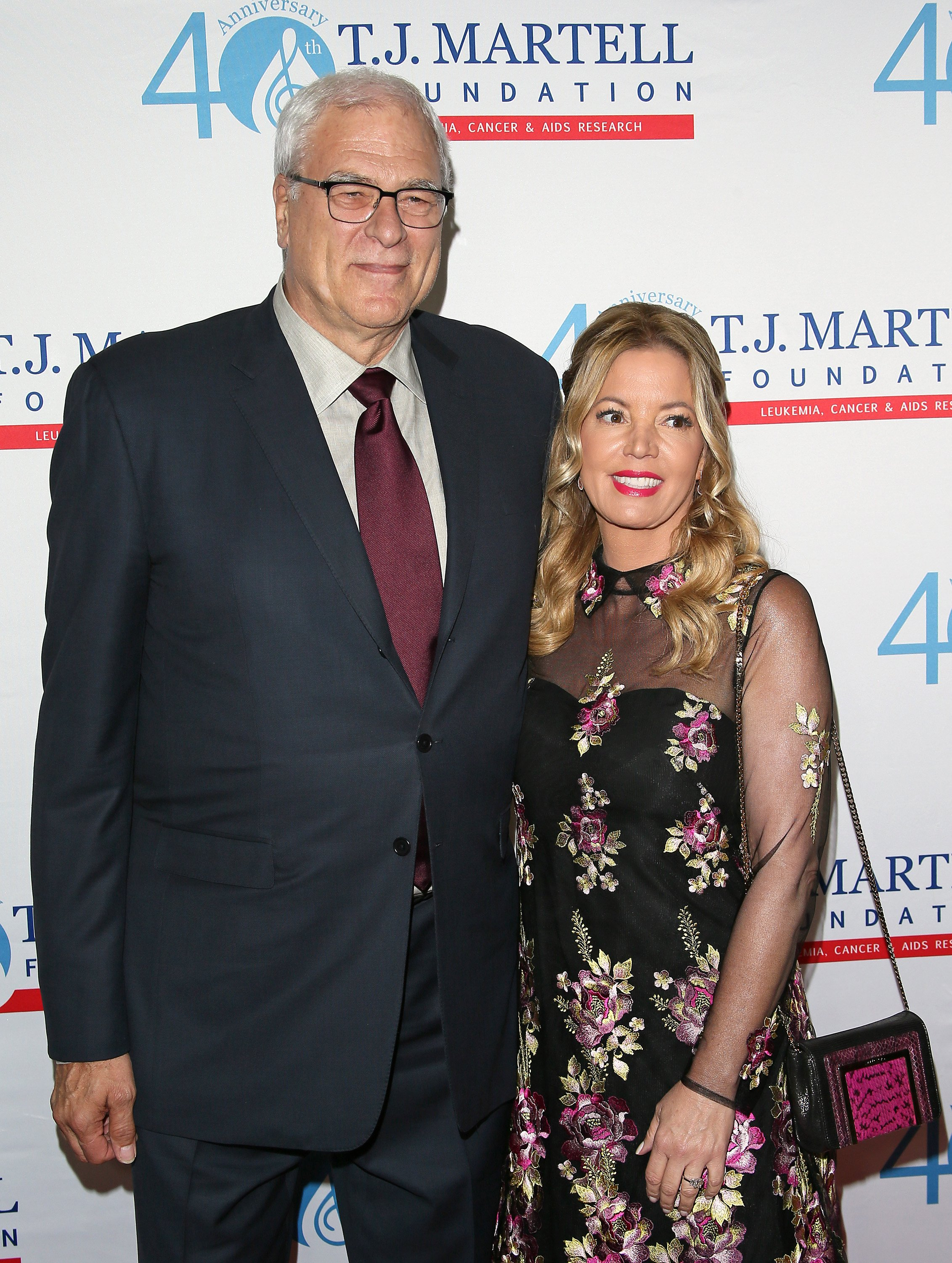 Phil Jackson and Jeanie Buss arrive at the T.J. Martell Foundation's Spirit of Excellence Awards held at the Beverly Wilshire Four Seasons Hotel on September 1, 2015 | Photo: Getty Images