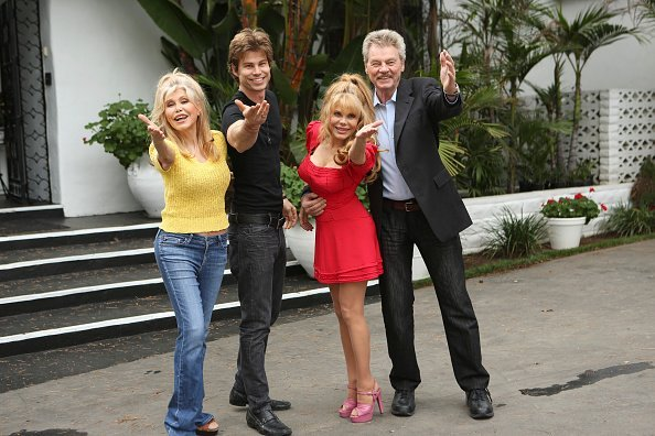 Charo Rasten,  Kjell Rasten, Shel Rasten and a friend posing for a photo | Photo: Getty Images
