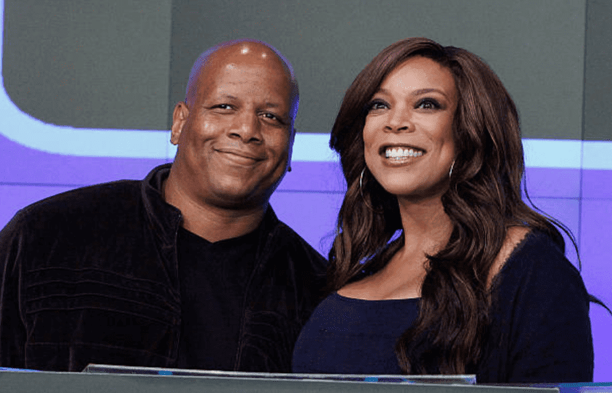 Kevin Hunter and Wendy Williams ring the bell at the opening of the NASDAQ MarketSite, on August 25, 2010, New York City | Getty Images