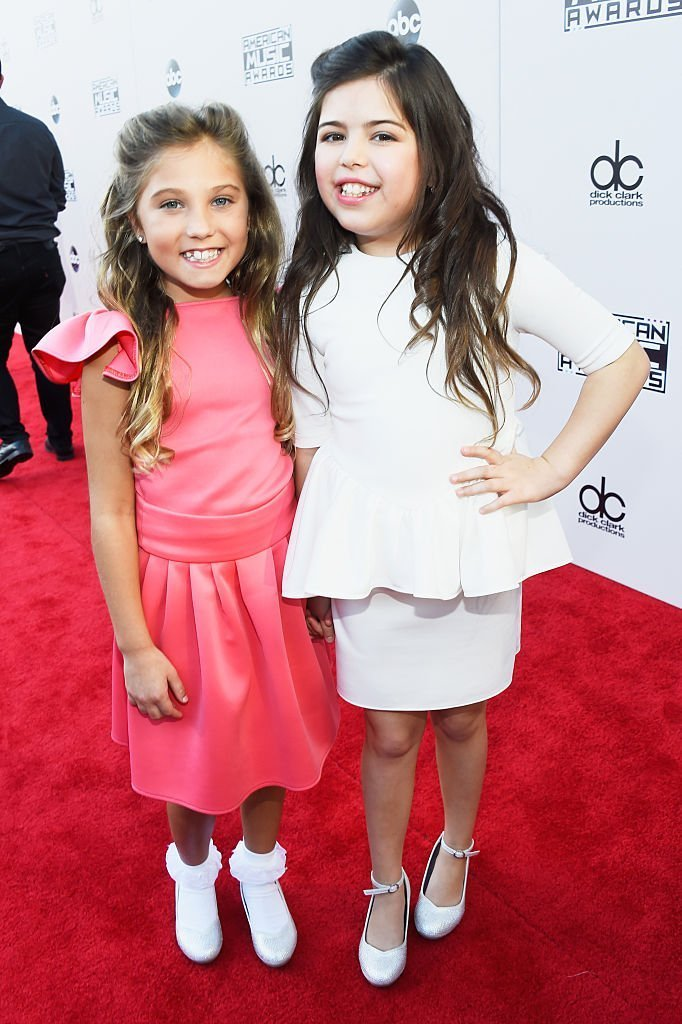 Singers Sophia Grace & Rosie attend the 2015 American Music Awards at Microsoft Theater | Getty Images