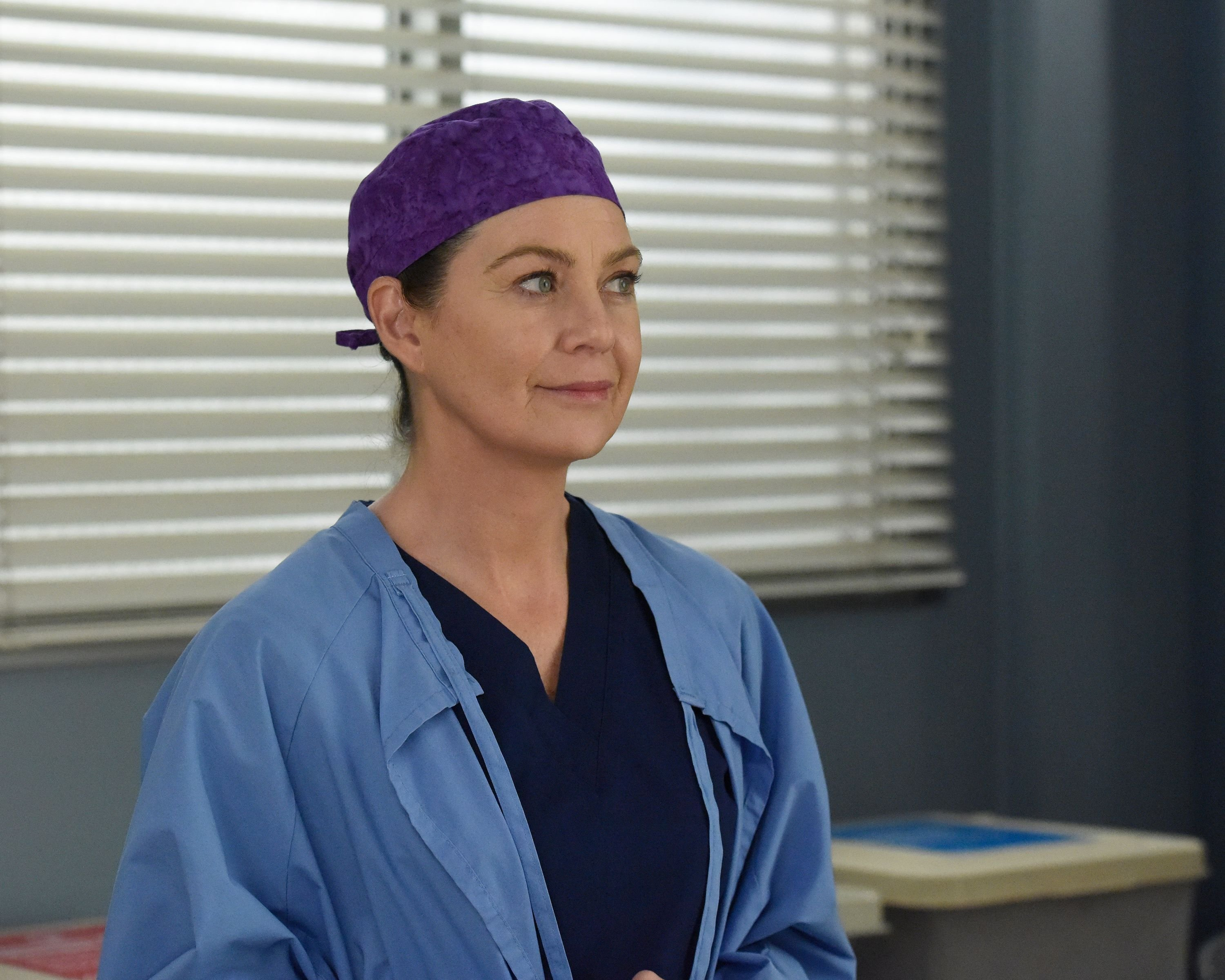 """Ellen Pompeo on set of """"Grey's Anatomy"""" as Meredith in the """"Give a Little Bit"""" episode   Getty Images"""