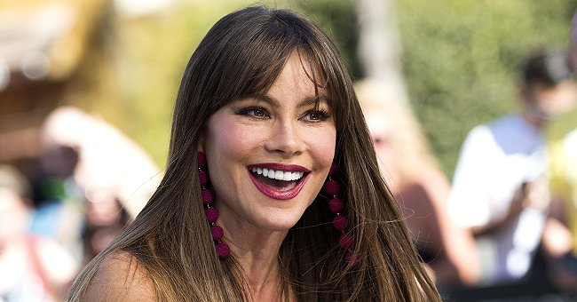 Watch Sofia Vergara Make 3-Minute Dash to AGT Restroom in Heels & Tight Corset before Live Show