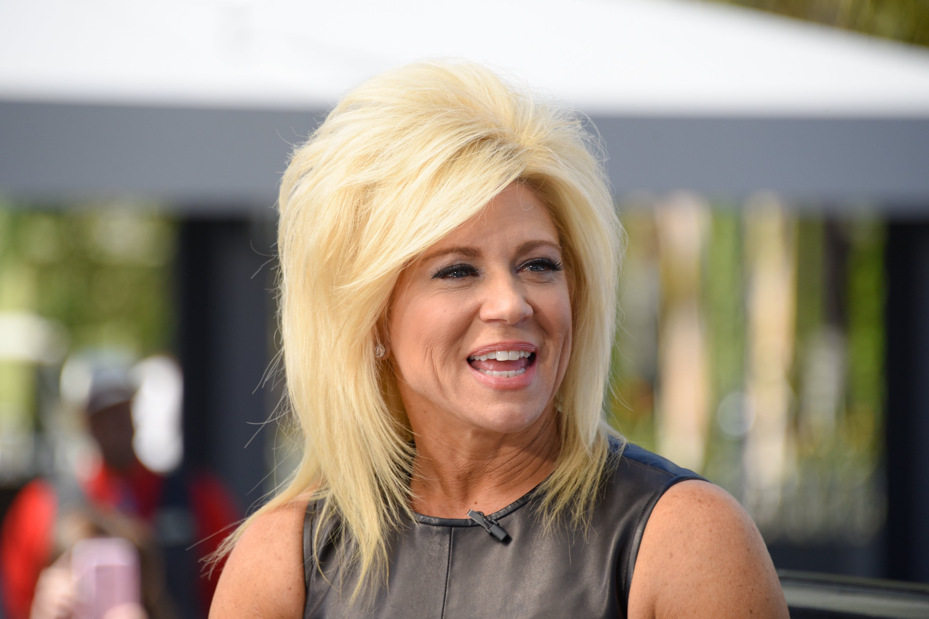 "Theresa Caputo visits ""Extra"" at Universal Studios Hollywood on March 7, 2017. 