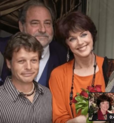 """Anny Duperey et Cris Campion, acteurs d'""""Une famille formidable"""" avec le réalisateur de la série Joël Santoni. Photo : Youtube/6Medias"""
