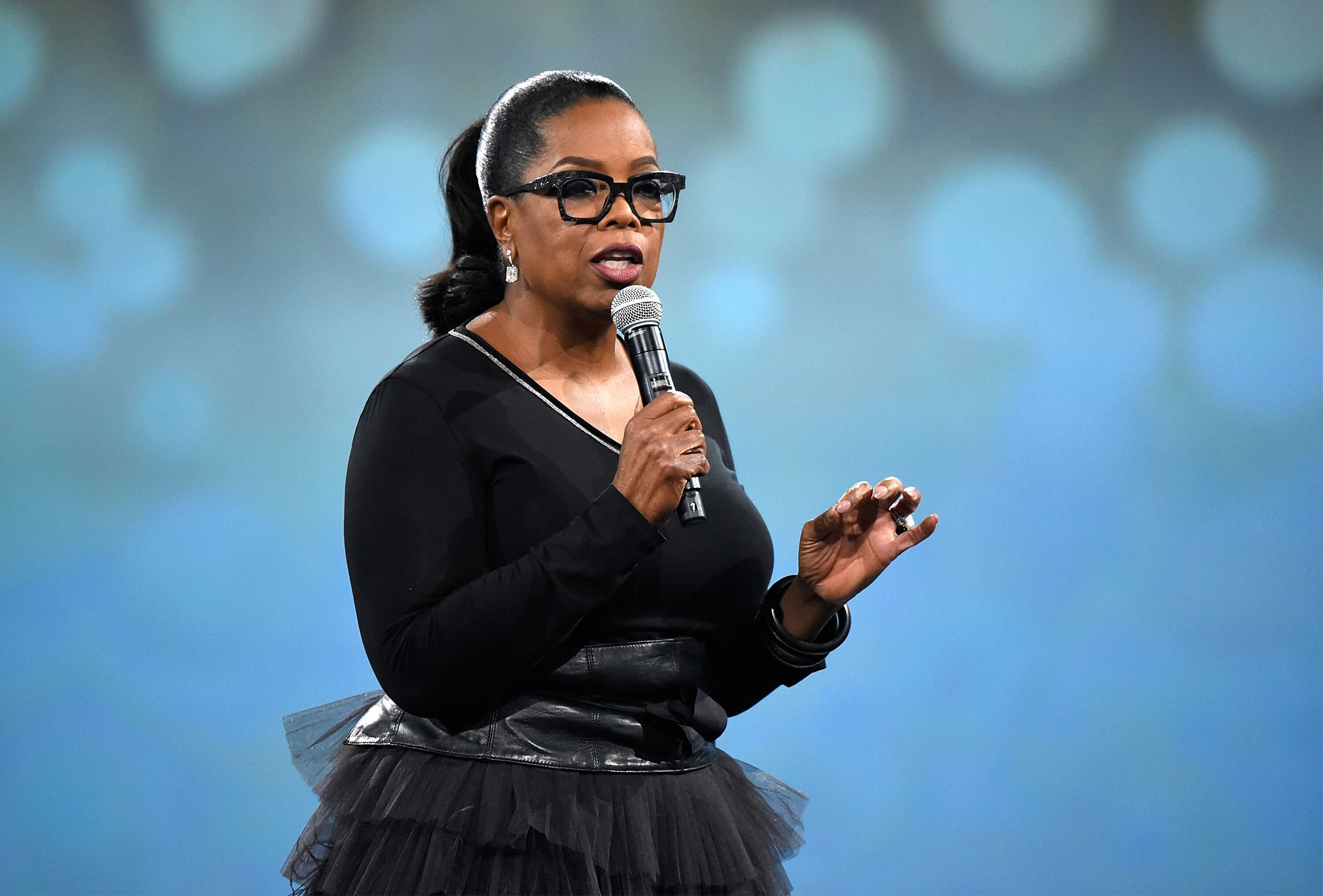 Oprah Winfrey speaks on stage during The Robin Hood Foundation's 2018 benefit at Jacob Javitz Center on May 14, 2018 in New York City | Photo: Getty Images