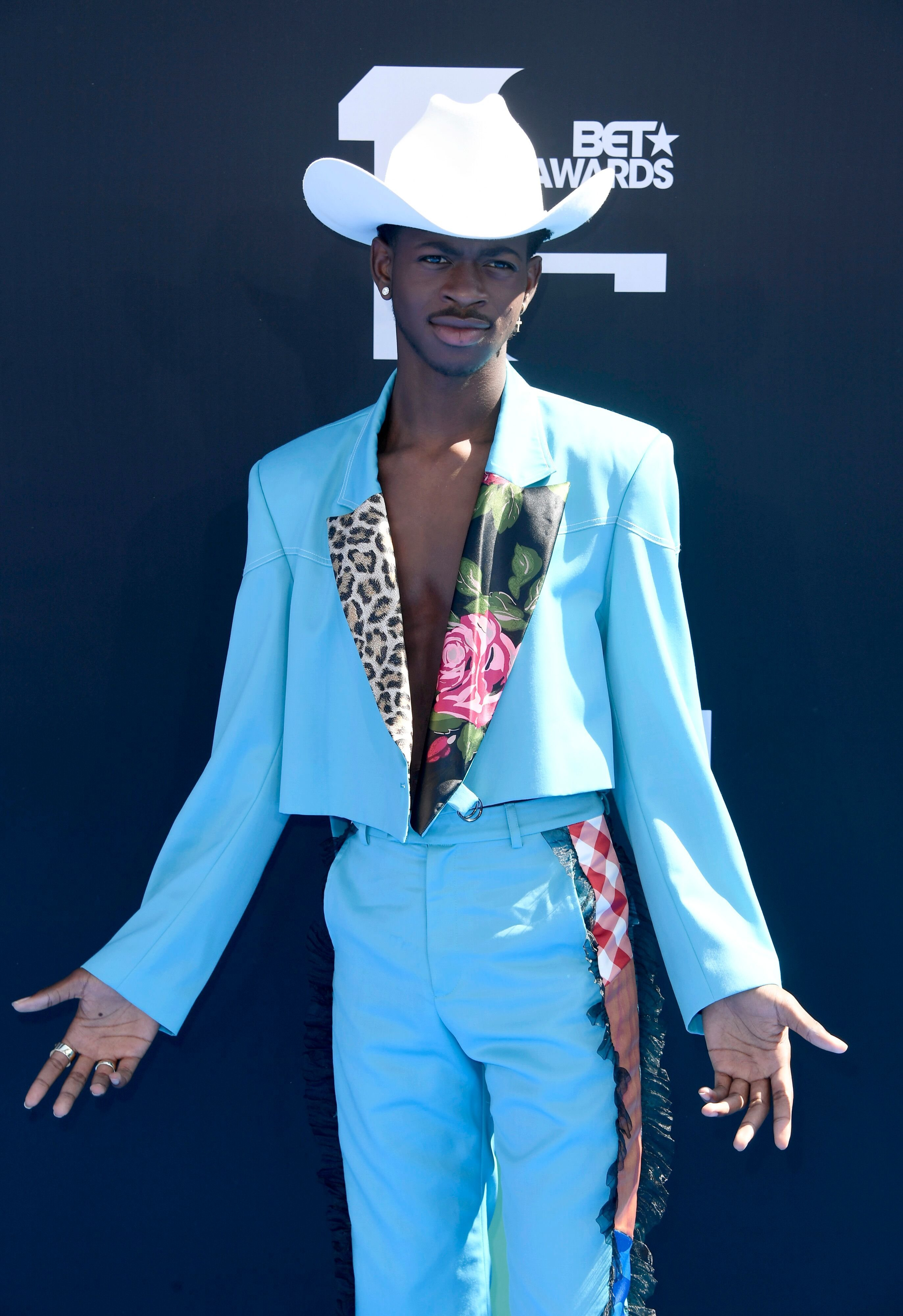Lil Nas X at the red carpet of the BET Awards | Source: Getty Images/GlobalImagesUkraine