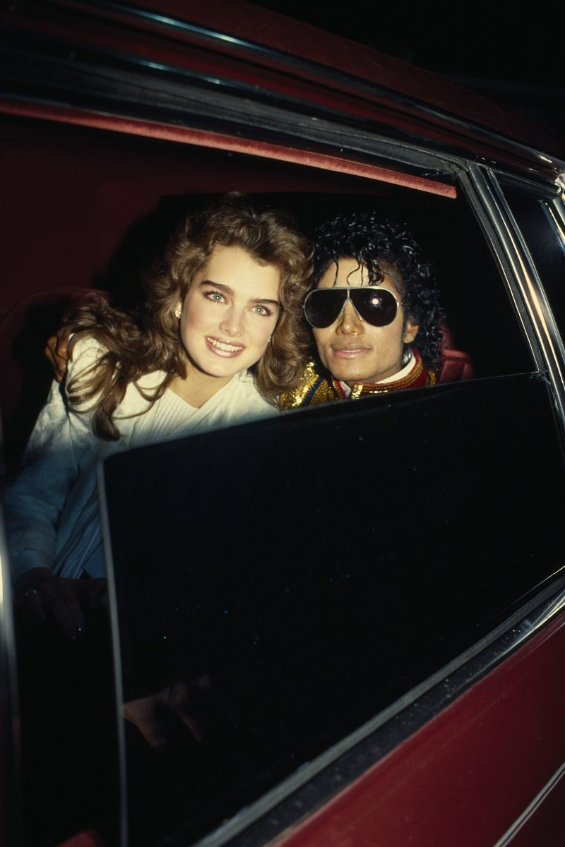 Brooke Shields and Michael Jackson attend the 14th annual American Music Awards, in Los Angeles on January 26, 1987 | Photo: Getty Images