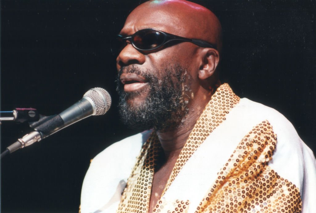 Musician Isaac Hayes performs at the Universal Amphitheatre in Los Angeles, California on August 18, 1996.   Photo: Getty Images
