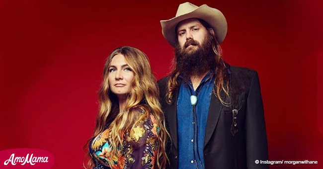 Chris Stapleton and wife Morgane share an adorable picture of their baby twins. It's so sweet