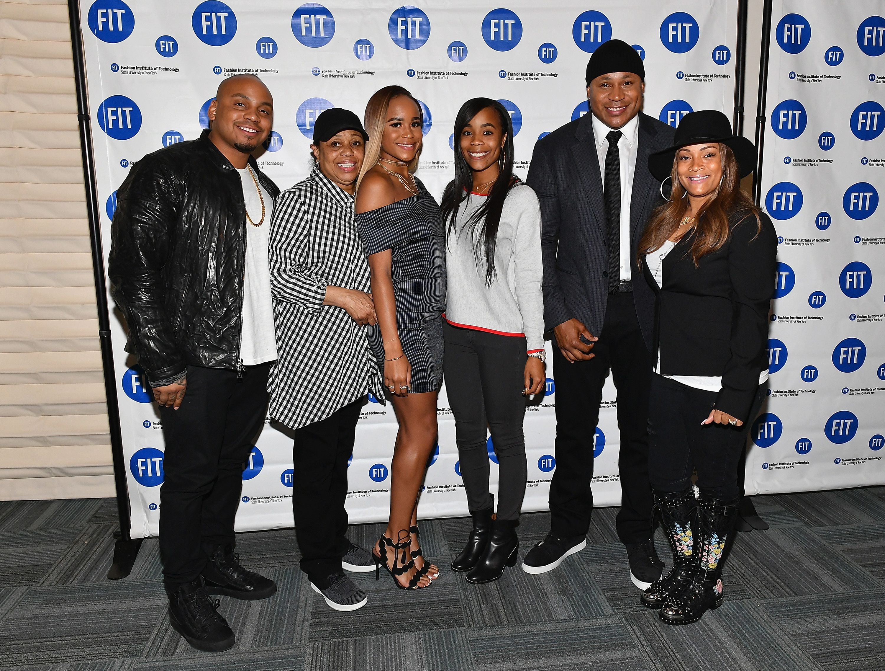 Simone Smith and rapper LL Cool with their children at The Fashion Institute of Technology on May 25, 2017   Photo: Getty Images