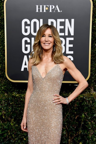 Felicity Huffman arrives to the 76th Annual Golden Globe Awards held at the Beverly Hilton Hotel on January 6, 2019 | Photo: Getty Images