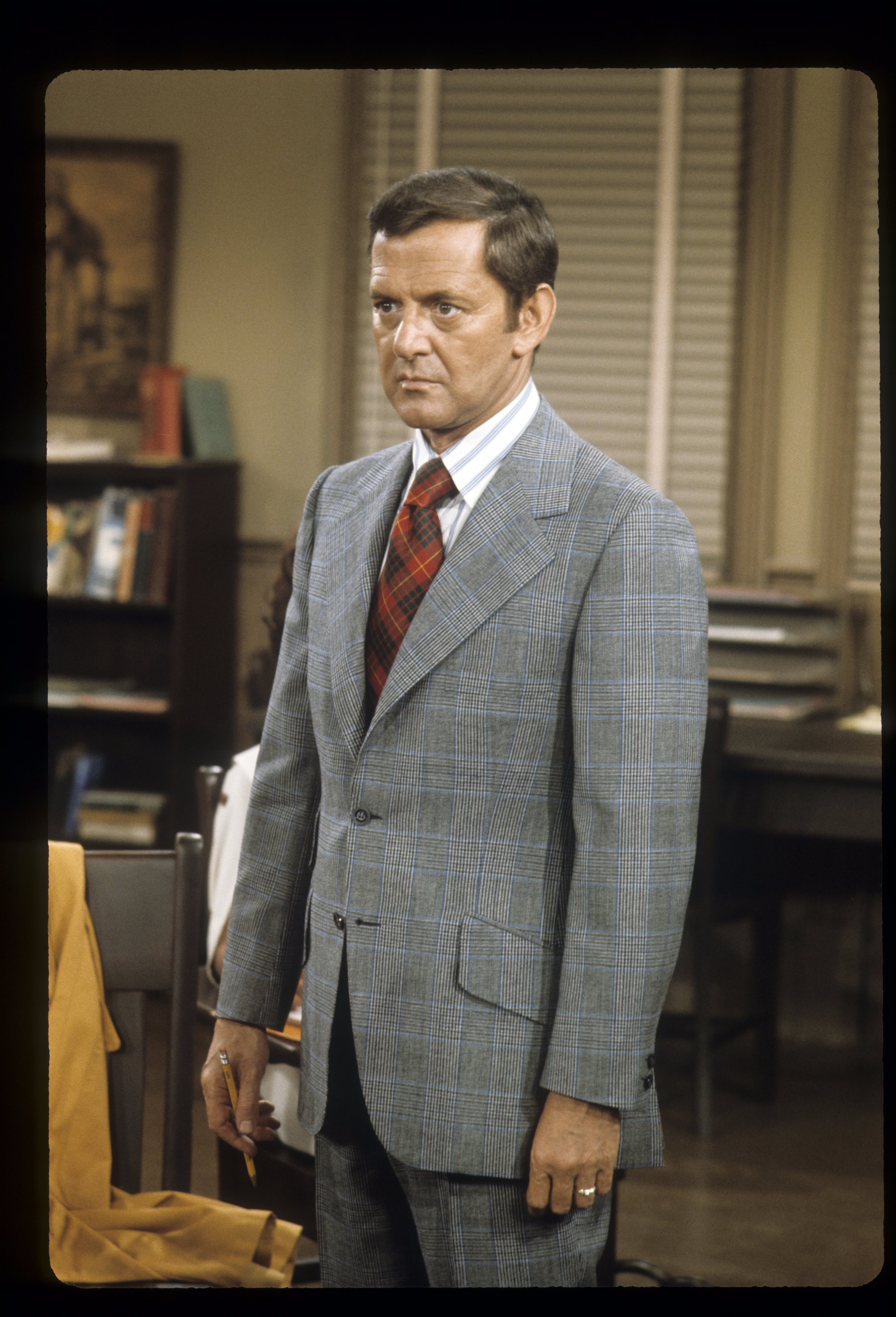 """Late actor and comedian Tony Randall on """"The Odd Couple"""" on December 6, 1972   Photo: Getty Images"""