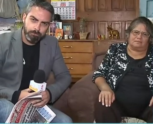 Elizabeth Ogaz told Chilevisión that she has been mistreated due to her error in diction | Source: YouTube / Chilevisión