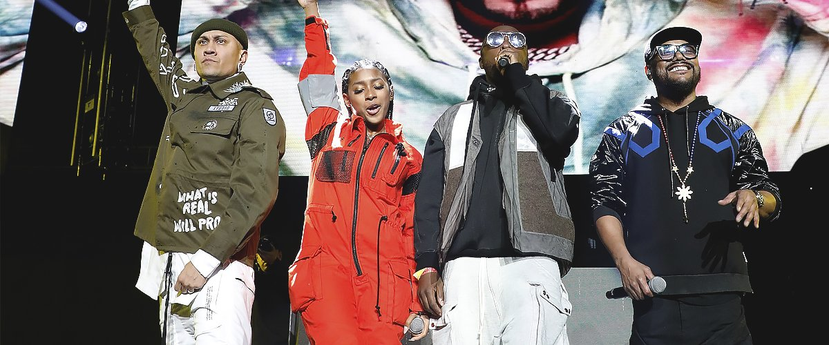 Taboo, Jessica Reynoso, apl.de.ap, and will.i.am of The Black-Eyed Peas perform with Alex Sensation during Mega 96.3 FM Calibash 2020 | Photo: Getty Images